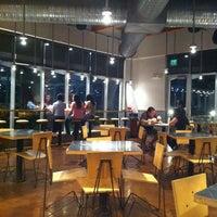 10/20/2012 tarihinde David H.ziyaretçi tarafından Chipotle Mexican Grill'de çekilen fotoğraf