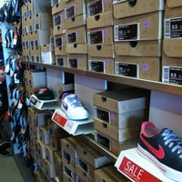 nike outlet store jordan creek