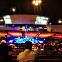 Foto tomada en Houston Arena Theater  por CRATEinteriors el 2/24/2013