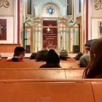 Photo taken at Sinagoga by Mircea D. on 12/18/2015