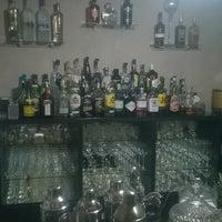 Foto tomada en El Encanto Cocktail Bar por El Encanto Cocktail Bar el 2/11/2015