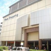 3/19/2013 tarihinde Rodolfo G.ziyaretçi tarafından Plaza Shopping'de çekilen fotoğraf