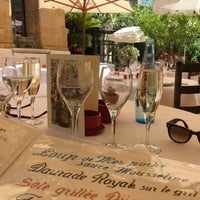 Photo taken at La Colombe d'Or by Laurens B. on 7/27/2016