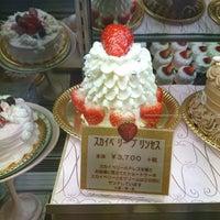 รูปภาพถ่ายที่ Anniversary 青山店 โดย やっきー は. เมื่อ 1/28/2018