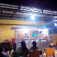 Photo taken at Martabak Indo King by Fajar E. on 12/8/2014