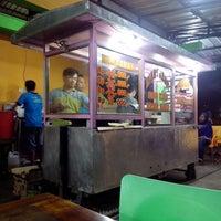 Photo taken at Martabak Indo King by Fajar E. on 10/9/2014
