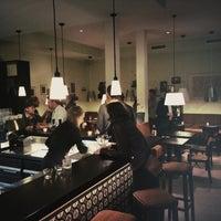 Foto tirada no(a) Café Leonar por Felix v. em 10/2/2014