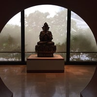 Photo taken at Crow Collection of Asian Art by Martha L. on 4/13/2017