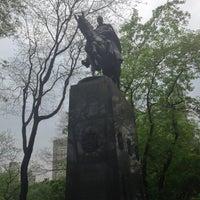 5/11/2013 tarihinde Dmitry M.ziyaretçi tarafından Simon Bolivar Statue'de çekilen fotoğraf