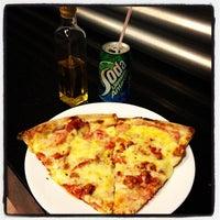 Photo taken at Mulino Pizzeria by Ricardo A. on 1/23/2013