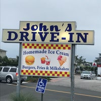 Photo taken at John's Drive-In by Inna on 7/14/2017
