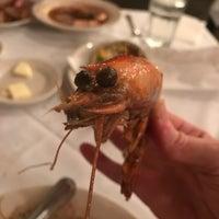 12/10/2017 tarihinde Marty H.ziyaretçi tarafından Pascal's Manale Restaurant'de çekilen fotoğraf
