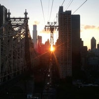 Photo taken at Roosevelt Island Tram (Manhattan Station) by Trevis D. on 7/5/2013