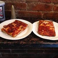 Das Foto wurde bei Prince Street Pizza von Paulie G. am 6/28/2013 aufgenommen