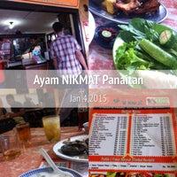Photo taken at Ayam Goreng Nikmat (Panaitan) by A H. on 1/4/2015