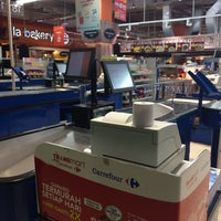 Photo taken at Carrefour by A H. on 1/22/2017