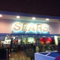 Foto tomada en Sears por CAIO M. el 7/22/2013