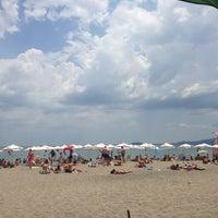 Photo taken at Северен Плаж (North Beach) by Ivaylo Y. on 6/16/2013