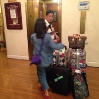 Photo taken at Best Western Plus Grosvenor Airport Hotel by Muay K. on 4/12/2014