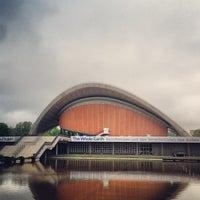 5/8/2013 tarihinde Tom N.ziyaretçi tarafından Dünya Kültürleri Evi'de çekilen fotoğraf
