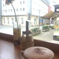 Das Foto wurde bei Milia's Coffee von Charlotte W. am 4/13/2016 aufgenommen