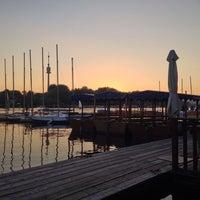 Das Foto wurde bei Ufertaverne von Alexander M. am 8/28/2014 aufgenommen