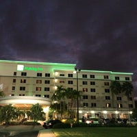 Photo taken at Holiday Inn Ft. Lauderdale-Airport by TheGreenGirl on 10/7/2015