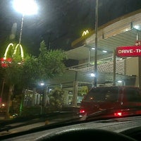 Photo taken at McDonald's by Raphael M. on 4/7/2013