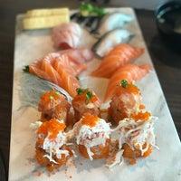 Foto tomada en Hiso Sushi por Dhas I. el 4/9/2018