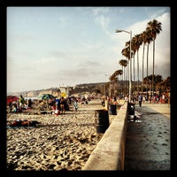 Das Foto wurde bei La Jolla Shores Beach von Kevin R. am 6/30/2013 aufgenommen