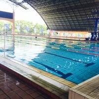 Photo taken at Kompleks Sukan Likas Swimming Pool by diyanna z. on 9/19/2015