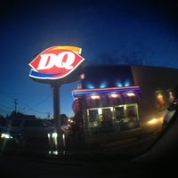 Photo taken at Dairy Queen by Icecweam P. on 3/26/2013