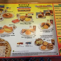 Photo taken at Waffle House by Andres C. on 5/31/2014