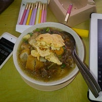 Photo taken at Soto Mie Aseli Bogor Pak Ukar Betok by rhozo d. on 2/21/2013
