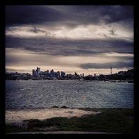 Foto tirada no(a) Gas Works Park por James M. em 4/28/2013