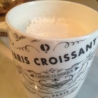 10/3/2012에 Sophia H. W.님이 PARIS CROISSANT Café에서 찍은 사진
