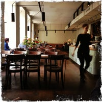 Das Foto wurde bei Cafe Ansari von Yvonne F. am 5/2/2013 aufgenommen