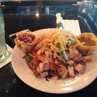 Foto tomada en La Parrilla Mexican Restaurant por Bryan C. el 1/18/2013
