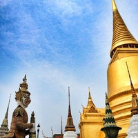 Foto scattata a Temple of the Emerald Buddha da JeEd z Z Q. il 3/9/2013