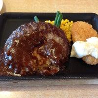 Photo taken at ジョイフル 柏原片山店 by Hirofumi W. on 12/20/2013