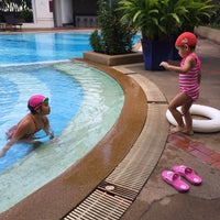 Photo taken at TOT Sport Complax@Swimming Pool by kallayanee g. on 12/10/2014