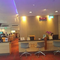 Photo taken at Singapore Airlines Service Centre by Charles L. on 4/10/2016