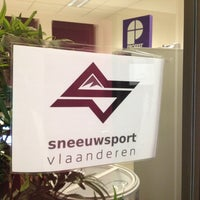 Photo taken at Sneeuwsport Vlaanderen by Lode N. on 12/5/2013