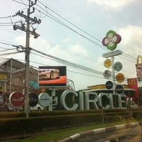 Photo taken at The Circle Ratchapruk by Wiwat A. on 9/30/2012