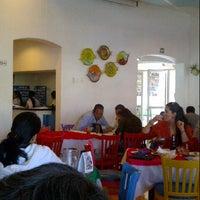 Foto tirada no(a) Los Arcos por Omar T. em 10/21/2012