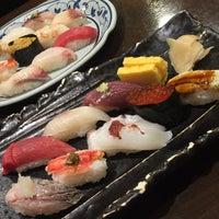Photo taken at Sushi Sanrikumae by りんご セ. on 8/14/2017