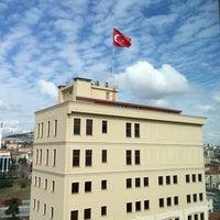 Photo taken at Doğuş Üniversitesi Teras Cafe by Nur T. on 3/18/2015