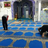 Photo taken at Masjid Islahiah by Azatul H. on 12/4/2014