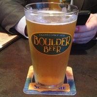 Photo taken at Flipdaddy's Burgers & Beers by Jamie J. on 4/17/2013