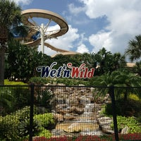 Photo taken at Wet 'N Wild by Andy R. on 6/17/2013